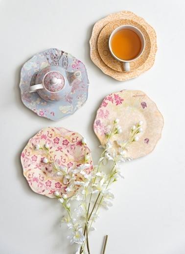 Warm Design Çiçek Desenli Tabak Renkli